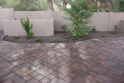 Concrete pavers e l m landscaping design inc for Landscaping rock queen creek az