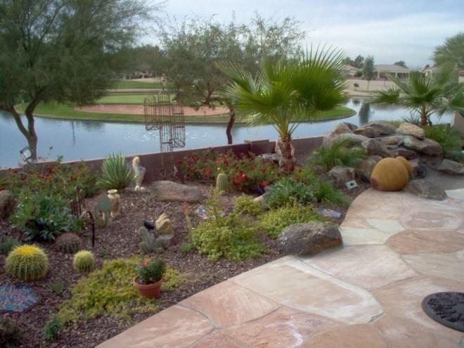 Flagstone e l m landscaping design inc for Landscaping rock queen creek az