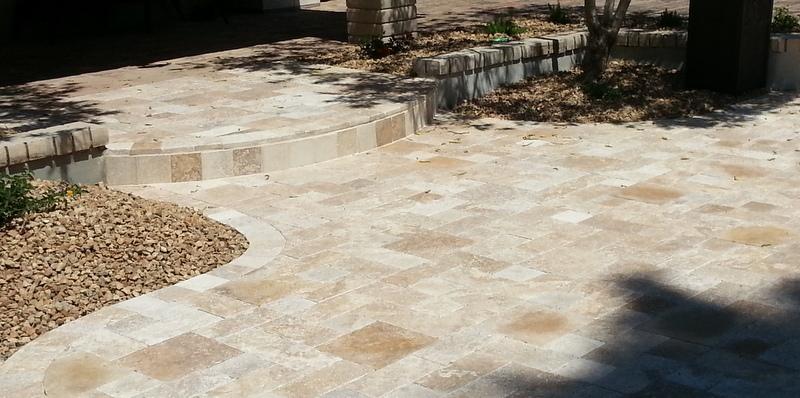 Travertine pavers e l m landscaping design inc for Landscaping rock queen creek az